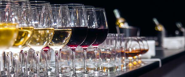 Wine tasting & cocktail classes in Estepona