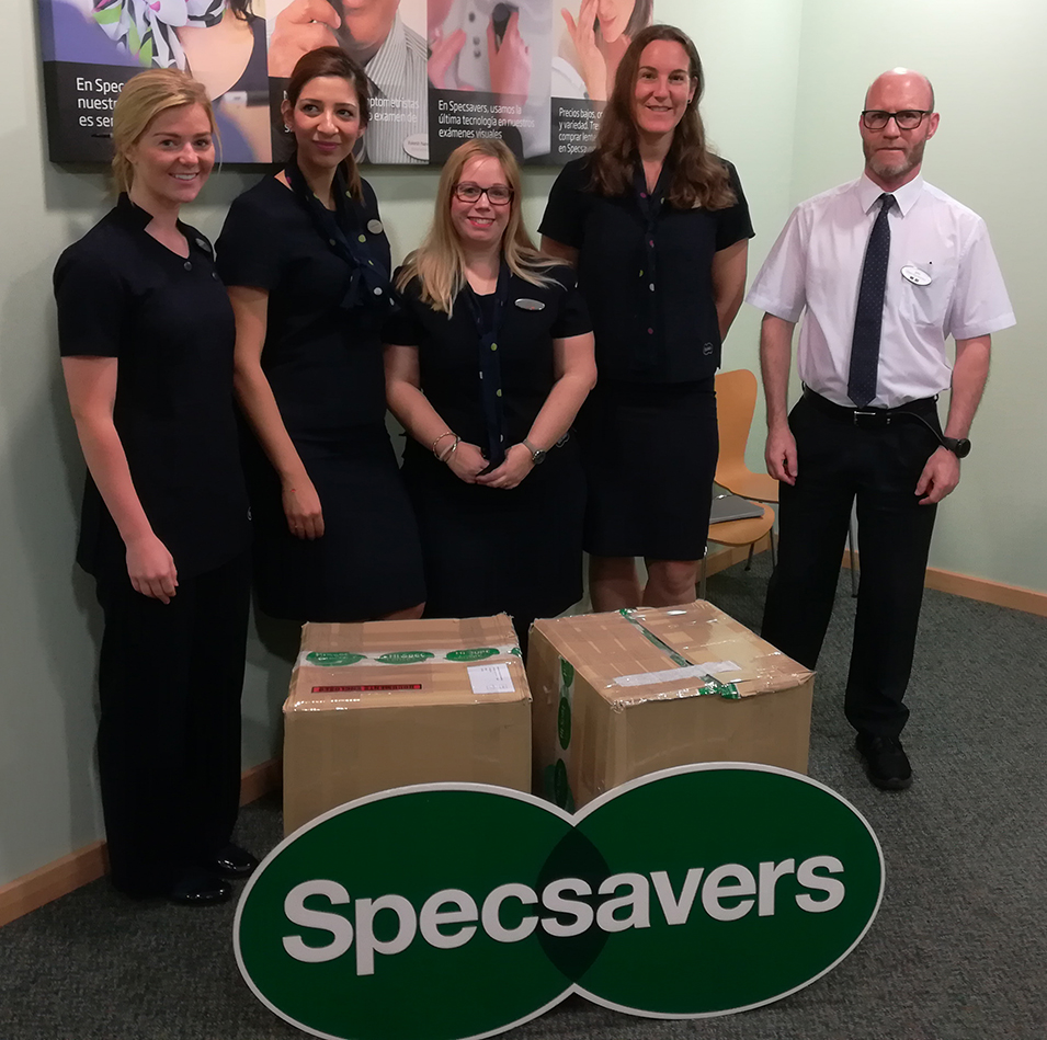 Lions Clubs in Marbella and Mijas receive support from Specsavers Ópticas